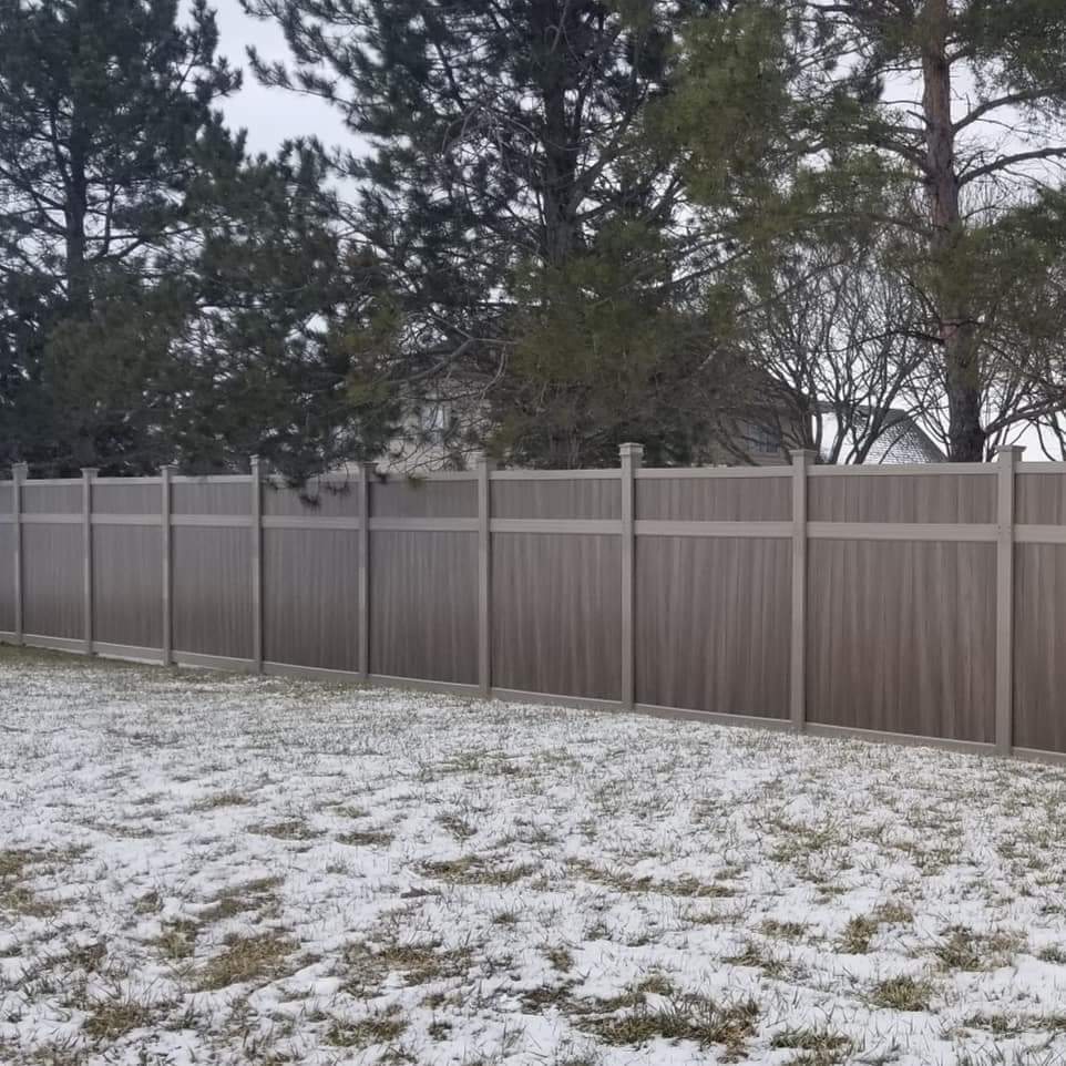 Wooden Fencing | Al-Mar Vinyl | Privacy Fence With H Post